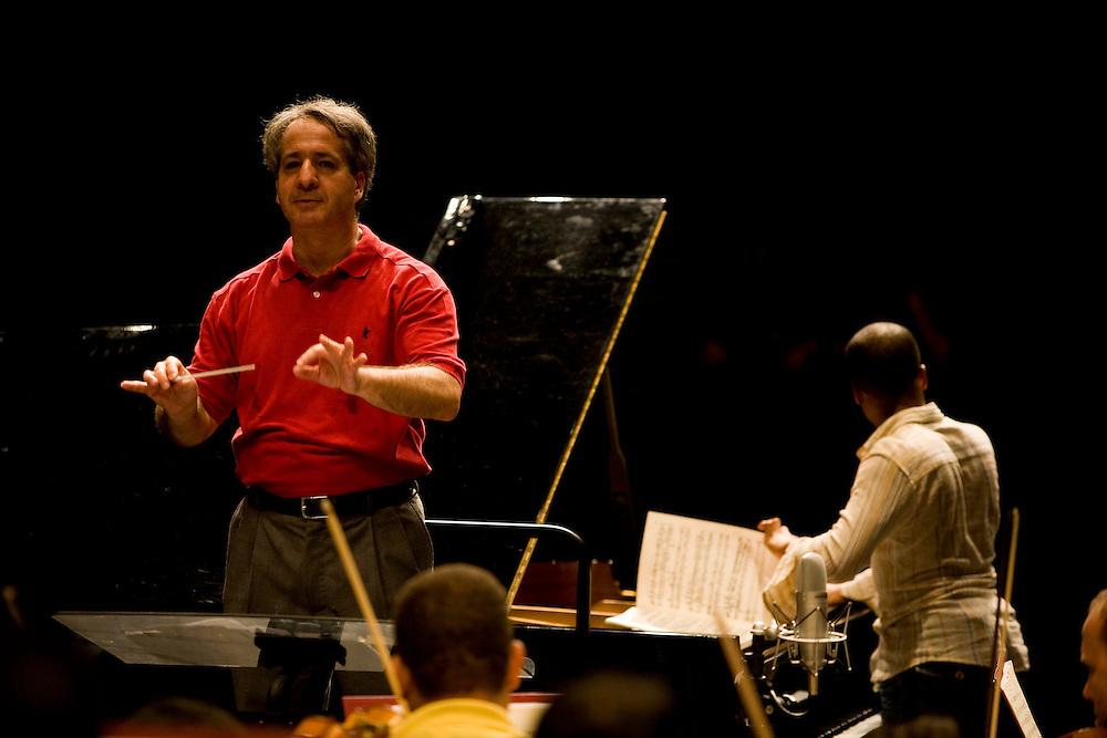 Belo Horizonte_MG, Brasil...Apresentacao da Orquestra Filarmonica de Minas Gerais...The Orquesta Filarmonica de Minas Gerais presentation...Foto: LEO DRUMOND / NITRO