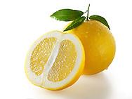 Fresh cut grapefruit with laeves