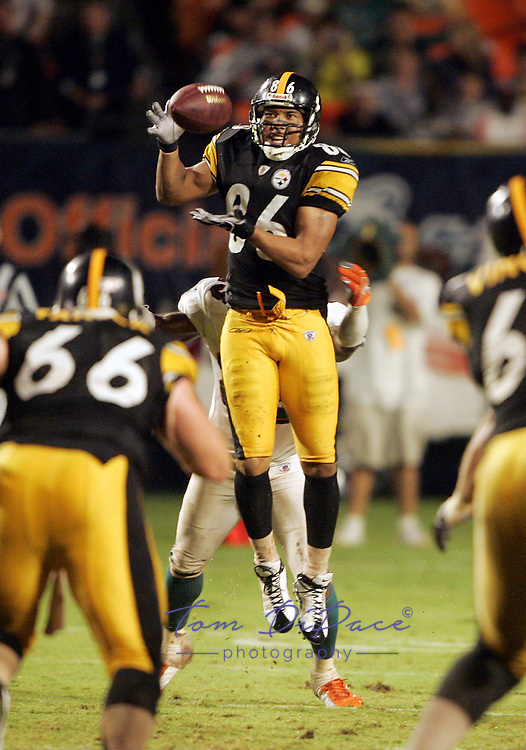 ©2005 TOM DIPACE<br /> ALL RIGHTS RESERVED<br /> 561-968-0600  <br /> <br /> 561-968-0600 <br /> <br /> Steelers @ Dolphins<br /> Hines Ward<br /> <br /> BY TOM DIPACE©<br /> <br /> <br />  BY TOM DIPACE©