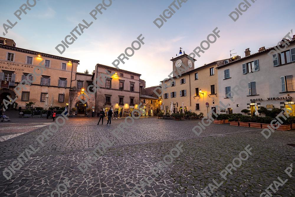 Orvieto Mian Square at sunset