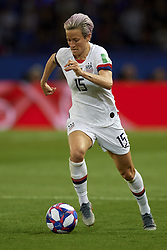 June 28, 2019 - Paris, France - Megan Rapinoe (Reign FC) of United States controls the ball during the 2019 FIFA Women's World Cup France Quarter Final match between France and USA at Parc des Princes on June 28, 2019 in Paris, France. (Credit Image: © Jose Breton/NurPhoto via ZUMA Press)