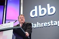 10 JAN 2011, KOELN/GERMANY:<br /> Peter Heesen, dbb Bundesvorsitzender, haelt eine Rede, Politischer Auftakt, 52. Jahrestagung dbb beamtenbund und tarifunion, Congress-Centrum Nord Koelnmesse<br /> IMAGE: 20110110-01-048<br /> KEYWORDS: Köln, speech