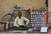 Lock seller<br /> Bharatpur<br /> Rajasthan, India