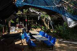 Sipson, UK. 5th June, 2018. A covered dining area is pictured at Grow Heathrow. Grow Heathrow is a squatted off-grid eco-community garden founded in 2010 on a previously derelict site close to Heathrow airport to rally support against government plans for a third runway and it has since made a significant educational and spiritual contribution to life in the Heathrow villages, which remain threatened by Heathrow airport expansion.