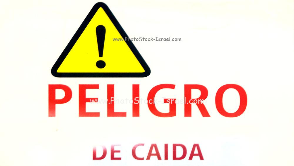 Peligro De Caida - Danger of falling sign in spanish