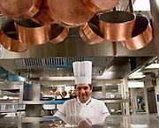 Michel Roth, directeur des cuisines à l'Hotel Ritz Paris, Paris-Ile-de-France, France.<br /> Michel Roth, head chef, at the Hotel Ritz Paris, Paris-Ile-de-France region, France.