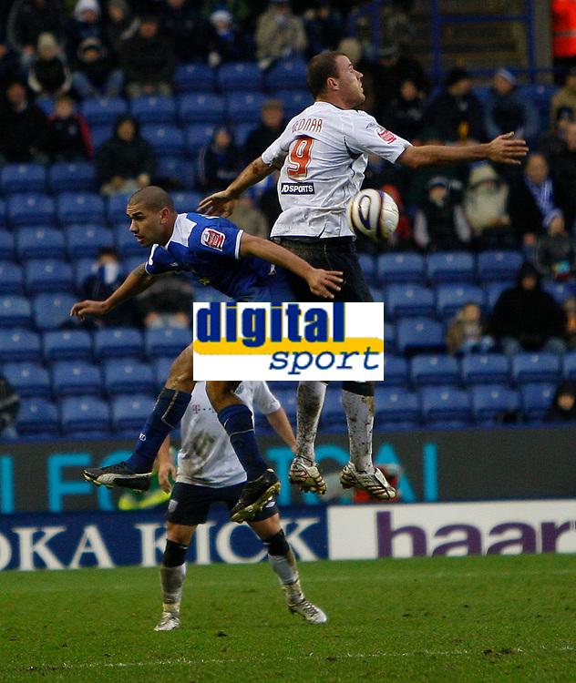 Photo: Steve Bond/Sportsbeat Images.<br />Leicester City v West Bromwich Albion. Coca Cola Championship. 08/12/2007. Roman Bednar (R) rises above Patrick Kisnorbo (L)