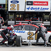 Mar 04, 2018  Las Vegas, NV, U.S.A. # 21 Paul Menard make a pit stop at mid point of the race during the Nascar Monster Energy series Pennzoil 400 at Las Vegas Motor Speedway Las Vegas, NV.  Thurman James / CSM