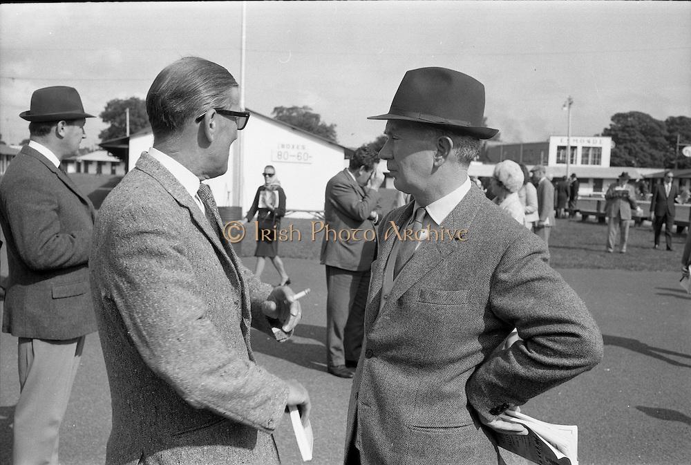 17/09/1968<br /> 09/17/1968<br /> 17 September 1968<br /> Goffs September Bloodstock sales at the RDS, Ballsbridge Dublin (2nd day). Picture shows Mr Archie Cook, Bloodstock Breeder Dublin and Mr Vincent O'Brien, trainer, Cashel, Co. Tipperary.