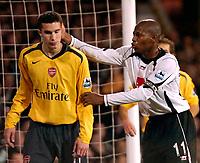 Photo: Ed Godden.<br /> Fulham v Arsenal. The Barclays Premiership. 29/11/2006.<br /> Fulham Captain Luis Boa Morte (R) teases Robin Van Persie.