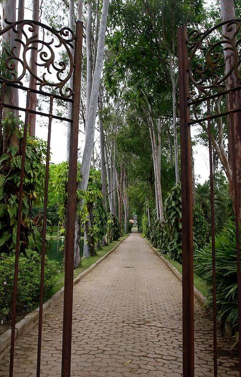 Brumadinho_MG, Brasil...Entrada no Centro de Arte Contemporanea Inhotim (CACI)...The entrance in Inhotim Contemporary Art Center (CACI)...Foto: BRUNO MAGALHAES / NITRO..