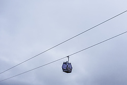 THEMENBILD - eine Lift Gondel, aufgenommen am 05. Dezember 2018 in Kaprun, Österreich // a lift gondola against the cloudy sky, Kaprun, Austria on 2018/12/05. EXPA Pictures © 2018, PhotoCredit: EXPA/ JFK