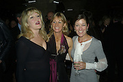 Amanda Ross, Kate Mosse and Victoria Hislop, Book party for Sepulchure by Kate Mosse. Crypt at at. Martin in the Fields. Trafalgar Sq. London. 31 October 2007. -DO NOT ARCHIVE-© Copyright Photograph by Dafydd Jones. 248 Clapham Rd. London SW9 0PZ. Tel 0207 820 0771. www.dafjones.com.