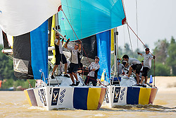 2008 Monsoon Cup. First round robins. Torvar Mirsky  and  Keith Swinton(Thursday  4rd December 2008). .