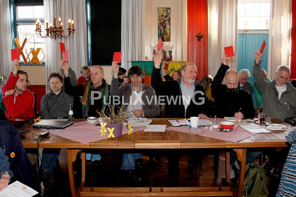 Mitgliederversammlung der Bürgerinitiative Umweltschutz Lüchow-Dannenberg im Restaurant Bauernstuben in Trebel. <br /> <br /> Ort: Trebel<br /> Copyright: Andreas Conradt<br /> Quelle: PubiXvewinG