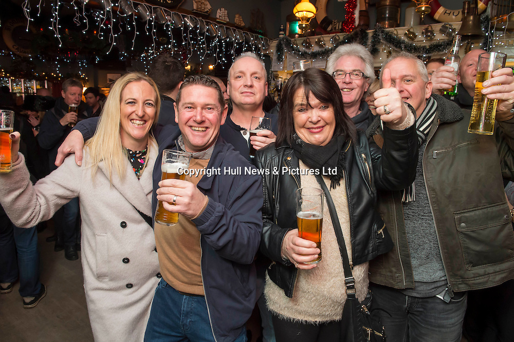 1 January 2017: Launch of Hull 2017 - Uk City of Culture.<br /> Getting into party mood at the Bonny Boat pub in Hull.<br /> Picture: Sean Spencer/Hull News & Pictures Ltd<br /> 01482 210267/07976 433960<br /> www.hullnews.co.uk         sean@hullnews.co.uk