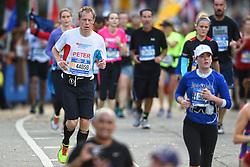 01-11-2015 USA: NYC Marathon We Run 2 Change Diabetes day 4, New York<br /> De dag van de marathon, 42 km en 195 meter door de straten van Staten Island, Brooklyn, Queens, The Bronx en Manhattan / Peter