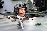 Feyenoord-selectie  krijgt maandag in Amersfoort een militaire training. Op uitnodiging van de Koninklijke Landmacht is de A-selectie een dag te gast op de Bernhardkazerne.<br /> <br /> Op de foto:  Stefan de Vrij