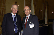 SIR MENZIES CAMPBELL AND CHRIS MULLIN .Association awards, 2005. Institute of Directors. Pall Mall. London. 29 November 2005. ONE TIME USE ONLY - DO NOT ARCHIVE  © Copyright Photograph by Dafydd Jones 66 Stockwell Park Rd. London SW9 0DA Tel 020 7733 0108 www.dafjones.com