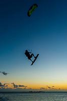 Kiteboarding, Plage du Meredien (beach), Noumea, Grand Terre, New Caledonia