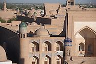 Madrassa and gate in the old city  KHIVA  Ouzbekistan  .///.merdessa et porte.dans la vielle ville  KHIVA  Ouzbekistan .///.OUZB56308
