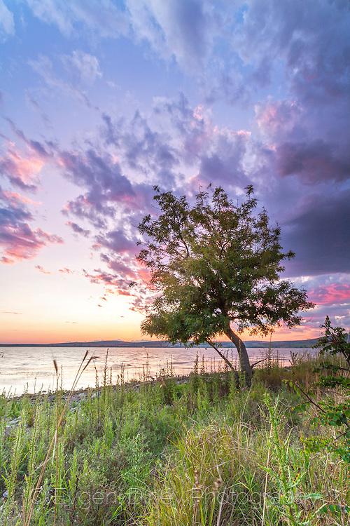 Mandrensko lake at sunset