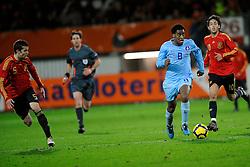 17-11-2009 VOETBAL: JONG ORANJE - JONG SPANJE: ROTTERDAM<br /> Nederland wint met 2-1 van Spanje / Leroy Fer<br /> ©2009-WWW.FOTOHOOGENDOORN.NL