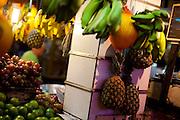 Belo Horizonte_MG, Brasil...80 anos do Mercado Central. Na foto comercio de frutas...80 years of Mercado Central. In this photo some fruits...Foto: LEO DRUMOND / NITRO