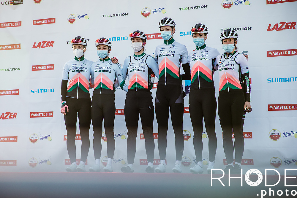 Team Parkhotel Valkenburg at the pre race team presentation<br /> <br /> 7th Amstel Gold Race Ladies Edition <br /> Valkenburg > Valkenburg 116km<br /> <br /> ©RhodePhoto