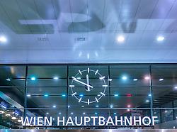 THEMENBILD - die Uhr und der Schriftzug Wien Hauptbahnhof bei Nacht, aufgenommen am 03. Juli 2017, Wien, Österreich // The clock and the lettering Vienna main station at night, Vienna, Austria on 2017/07/03. EXPA Pictures © 2017, PhotoCredit: EXPA/ JFK