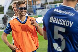 En julende Lasse Fosgaard (Lyngby Boldklub) med briller efter kampen i 3F Superligaen mellem Lyngby Boldklub og Hobro IK den 20. juli 2020 på Lyngby Stadion (Foto: Claus Birch).
