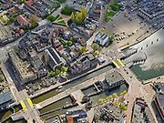 Nederland, Noord-Holland, Zaandam, 07-05-2021; centrum van Zaandam, Zaan met Wilhelmina en Hondsbossche Sluis in de Zaan.<br /> Center of Zaandam, river Zaan with Wilhelmina and Hondsbossche Sluis in the Zaan.<br /> <br /> luchtfoto (toeslag op standaard tarieven);<br /> aerial photo (additional fee required)<br /> copyright © 2021 foto/photo Siebe Swart.
