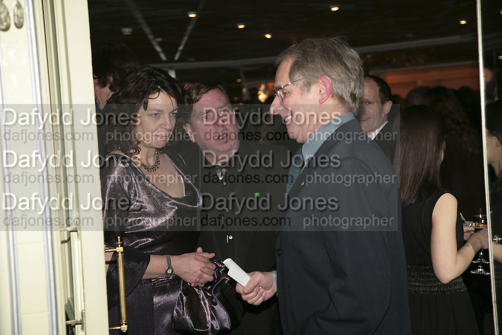Shane and Timothy Spall and Ken Loach, , Cocktail party before the  27th Annual London Film Critics' Circle Awards. In aid of the NSPCC. Dorchester. 8 February 2007.  -DO NOT ARCHIVE-© Copyright Photograph by Dafydd Jones. 248 Clapham Rd. London SW9 0PZ. Tel 0207 820 0771. www.dafjones.com.