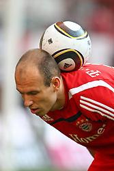 17.04.2010, Allianz Arena, Muenchen, GER, 1. FBL, FC Bayern Muenchen vs Hannover 96, im Bild  Arjen Robben (FC Bayern Nr.10) , EXPA Pictures © 2010, PhotoCredit: EXPA/ nph/  Straubmeier / SPORTIDA PHOTO AGENCY