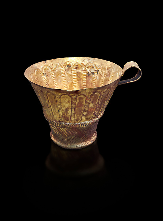 Mycenaean gold cup with arches decoration, Grave V, Grave Circle A Mycenae, Greece. National Archaeological Museum of Athens. Black Background<br /> <br /> An elegant precious gold cup hammered from thick gold to created a simple elegant design. This Mycenaean gold cup demonstrates how advance Mycenaean metalworking was in the 16th century BC. The value of the cup would have been extermely high so must have graced the table of a Mycenaean noble perhaps even a v king. .<br /> <br /> If you prefer to buy from our ALAMY PHOTO LIBRARY  Collection visit : https://www.alamy.com/portfolio/paul-williams-funkystock/mycenaean-art-artefacts.html . Type -   Athens    - into the LOWER SEARCH WITHIN GALLERY box. Refine search by adding background colour, place, museum etc<br /> <br /> Visit our MYCENAEN ART PHOTO COLLECTIONS for more photos to download  as wall art prints https://funkystock.photoshelter.com/gallery-collection/Pictures-Images-of-Ancient-Mycenaean-Art-Artefacts-Archaeology-Sites/C0000xRC5WLQcbhQ