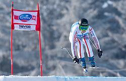 04.03.2011, Pista di Prampero, Tarvis, ITA, FIS Weltcup Ski Alpin, Supercombi der Damen, im Bild Marion Pellissier (FRA) // Marion Pellissier (FRA) during Ladie's Supercombi FIS World Cup Alpin Ski in Tarvisio Italy on 4/3/2011. EXPA Pictures © 2011, PhotoCredit: EXPA/ J. Groder