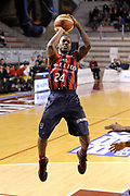 DESCRIZIONE : Ancona Lega A 2012-13 Sutor Montegranaro Angelico Biella<br /> GIOCATORE : Russell Robinson<br /> CATEGORIA : tiro three points<br /> SQUADRA : Angelico Biella<br /> EVENTO : Campionato Lega A 2012-2013 <br /> GARA : Sutor Montegranaro Angelico Biella<br /> DATA : 02/12/2012<br /> SPORT : Pallacanestro <br /> AUTORE : Agenzia Ciamillo-Castoria/C.De Massis<br /> Galleria : Lega Basket A 2012-2013  <br /> Fotonotizia : Ancona Lega A 2012-13 Sutor Montegranaro Angelico Biella<br /> Predefinita :