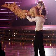 NLD/Baarn/20070527 - Finale Dancing with the Stars 2007, optreden van Nikkie Plessen met danspartner Peter Bosveld
