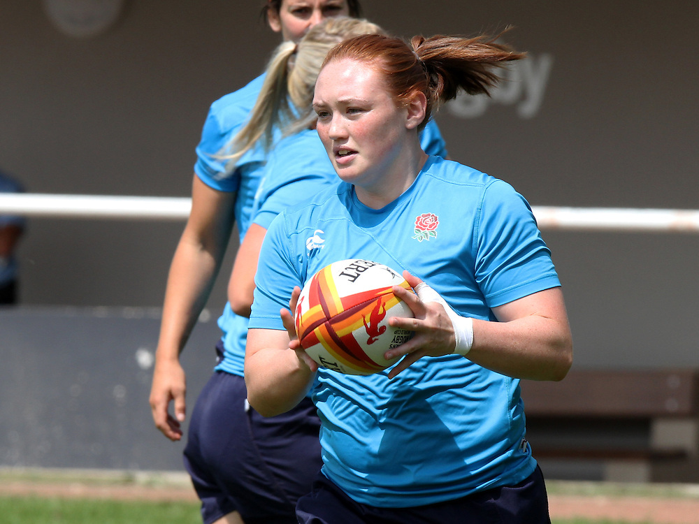 Laura Keates during training. WRWC England training Stade Montelievres, Saintry, France on 31 July 2014.