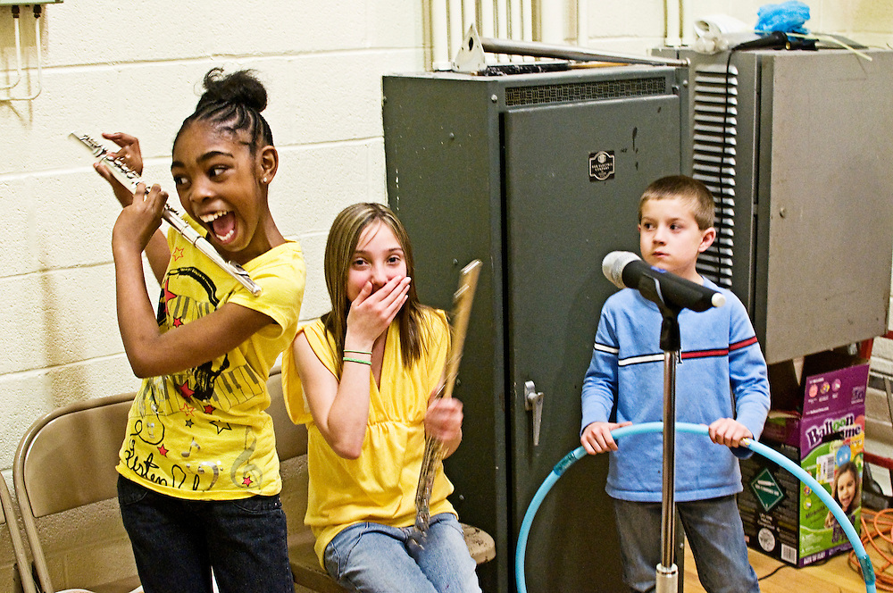 (staff photo by Matt Roth)..during Carney Elementary School's talent show Thursday, April 16, 2009...