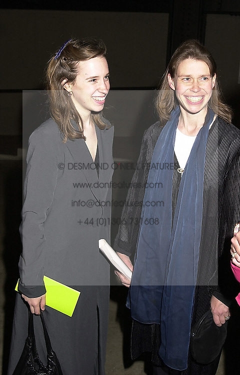 Left to right, LADY FRANCES ARMSTRONG-JONES and<br />  her sister LADY SARAH CHATTO, at a reception in<br />  London on 11th May 2000.OSX 81