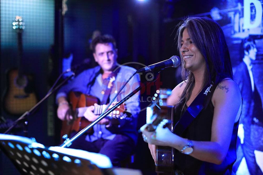 La Mara & Jose de Arte Live Concert in Billares Barria