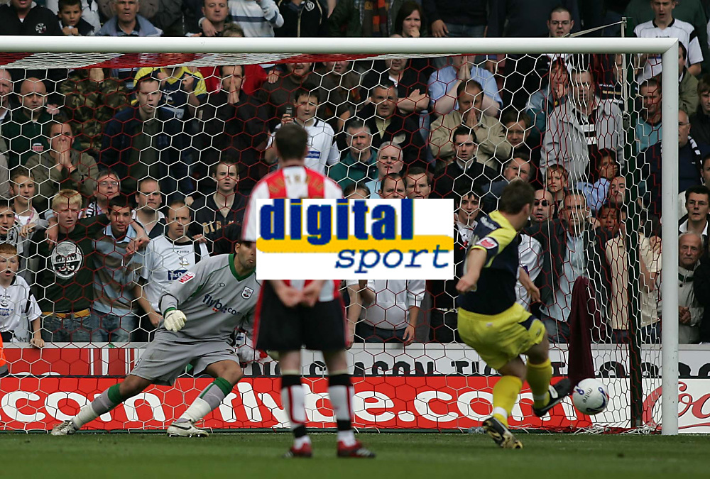 Photo: Lee Earle.<br /> Southampton v Derby County. Coca Cola Championship. Play Off Semi Final, 1st Leg. 12/05/2007.Derby's Steve Howard scores their second goal from the penalty spot.