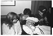 Jane Gilmour, Libby Manners, Robin Howard, Richard Howard in hat, Assassins drinks. Oxford, 1980