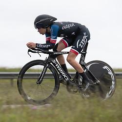 26-05-2021: Wielrennen: testtijdrit: Enkhuizen<br /><br />De WV West Frisia organiseert op de dijk Enkhuizen-Lelystad testtijdritten voor vrouwen in de aanloop naar de opstart van het wielerseizoen. Anne van Rooijen