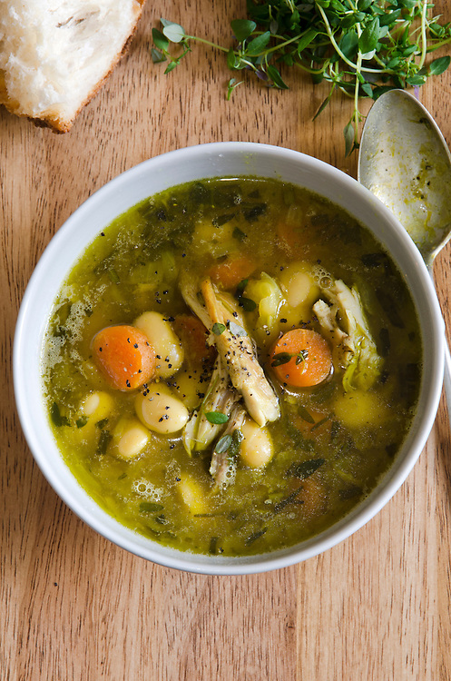 Herby chicken and butter bean soup