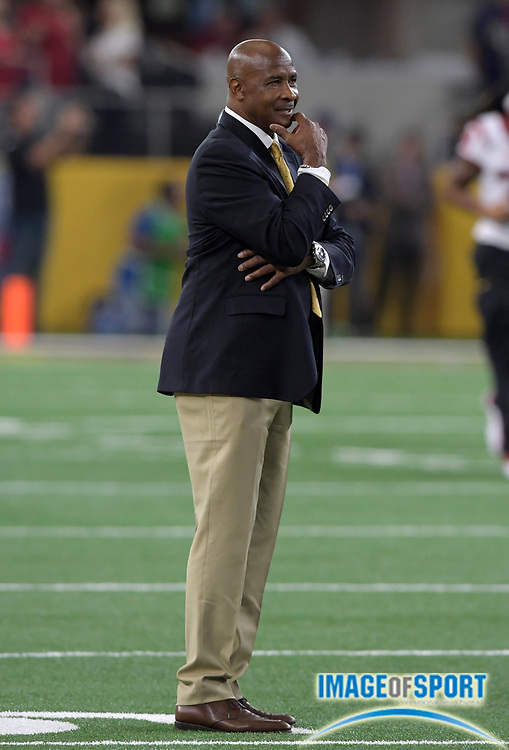 Sep 3, 2016; Arlington, TX, USA; USC Trojans athletic director Lynn Swann reacts during a NCAA football game against the Alabama Crimson Tide at AT&T Stadium. Alabama defeated USC 52-6.