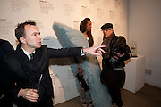 TONY CHAMBERS; APPHIA MICHAEL; NICKY HASLAM, Wallpaper* Design Awards. Wilkinson Gallery, 50-58 Vyner Street, London E2, 14 January 2010 *** Local Caption *** -DO NOT ARCHIVE-© Copyright Photograph by Dafydd Jones. 248 Clapham Rd. London SW9 0PZ. Tel 0207 820 0771. www.dafjones.com.<br /> TONY CHAMBERS; APPHIA MICHAEL; NICKY HASLAM, Wallpaper* Design Awards. Wilkinson Gallery, 50-58 Vyner Street, London E2, 14 January 2010