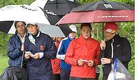 Biddinghuizen - Voorjaarswedstrijd dames 2007, Winnaar Marjet van der Graaf (2e van rechts) met caddie mevr. Schilperoord, links Maaike Naafs met haar moeder als caddie. COPYRIGHT KOEN SUYK