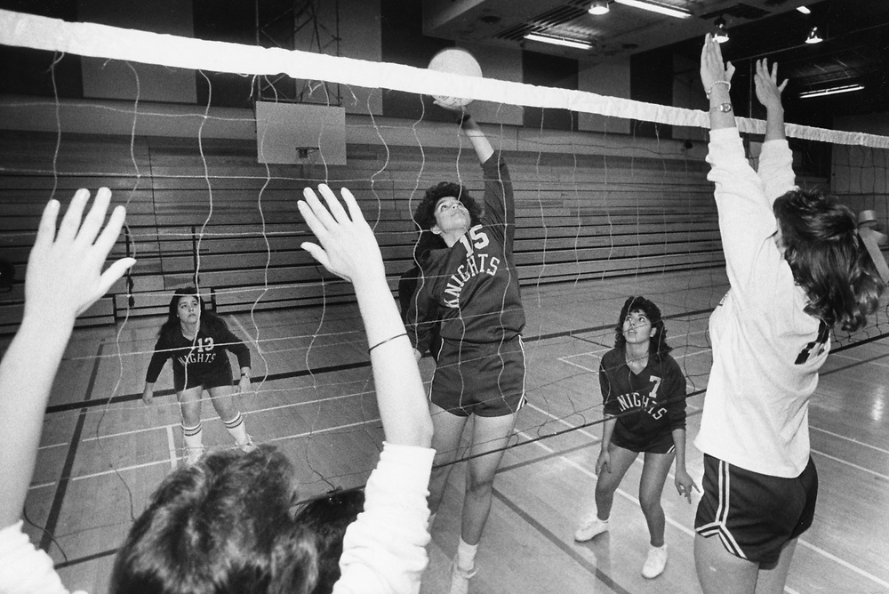 ©1984 High school volleyball practice